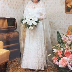 Uberly wedding dress