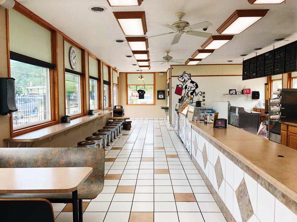 ROC Ice Cream and Mini Golf': 220 Farmdale Rd, East Peoria, IL