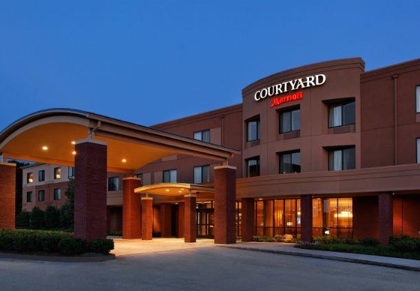 Courtyard by Marriott Knoxville Airport Alcoa: 141 Furrow Way, Alcoa, TN