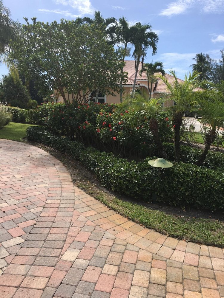 Elite Landscape Concepts: Boynton Beach, FL