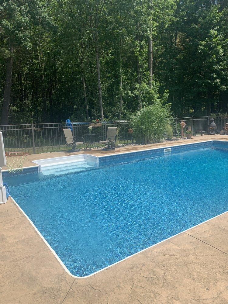 Hometown Pools: 3571 US Hwy 20, Nassau, NY