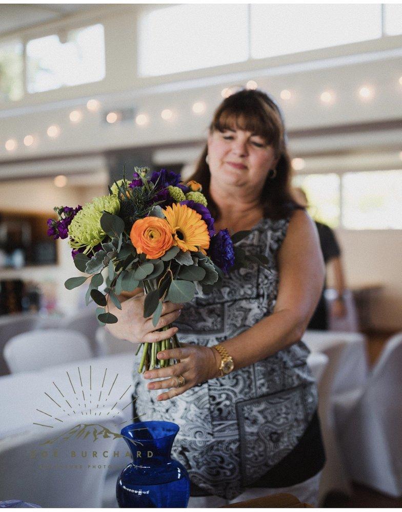 CMS Floral Design: 819 S 226th Pl, Des Moines, WA