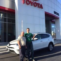 Car Dealerships In Fresno Ca >> Michael Toyota 30 Photos 117 Reviews Car Dealers 50 W