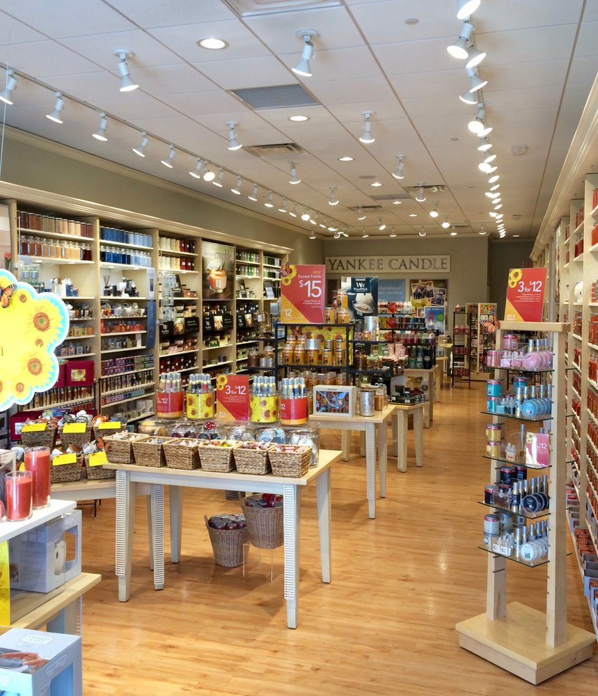 Yankee Candle Company: 4048 Eastgate Dr, Orlando, FL