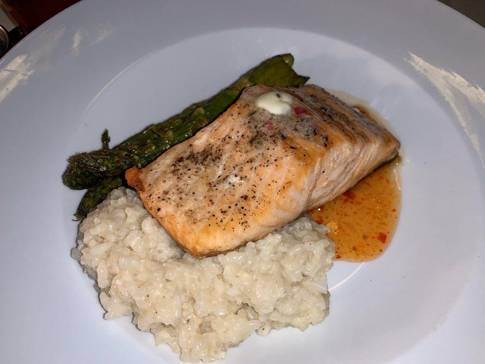 The Virginian Restaurant: 10 N Main St, Buffalo, WY