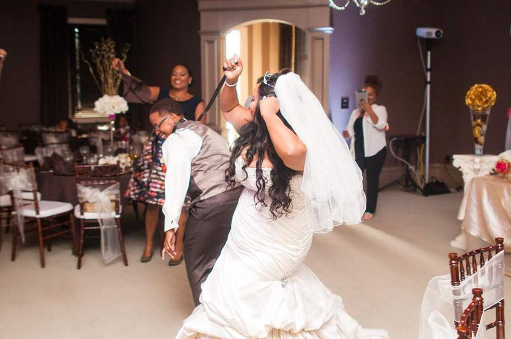 Ava's Bridal