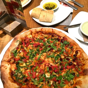 California Pizza Kitchen Order Food Online 99 Photos 132 Reviews Pizza Fair Oaks