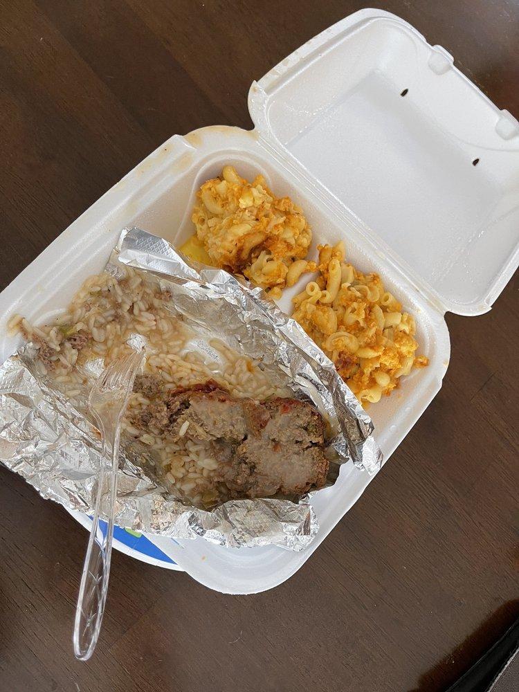 Hilda's Soul Food Kitchen: 514 E 8th Ave, Munhall, PA