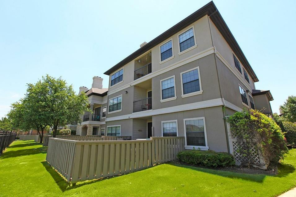 Apartments On Timberglen Rd Dallas Tx