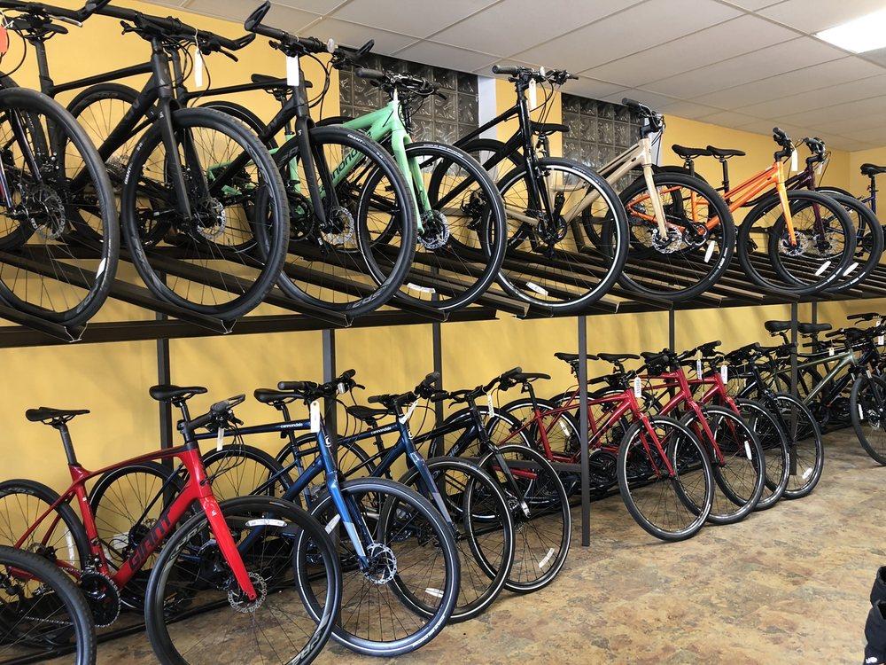 Green Bay Cycles: 999 Green Bay Rd, Winnetka, IL