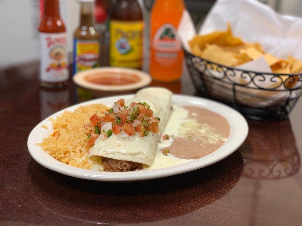 Los Tapatios Mexican Restaurant: 1950 N Harper Rd, Choctaw, OK