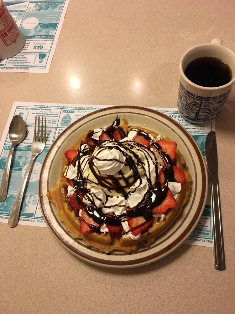 Sunrise II Family Restaurant: 101 W 2nd St, Byron, IL