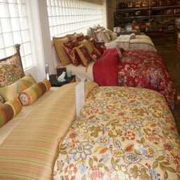 Home Elements Luxury Bedding Outlet 10 Photos Outlet