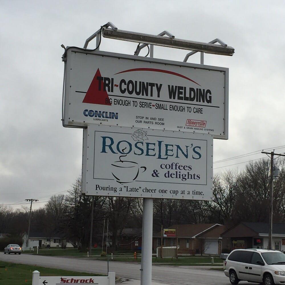 Roselen's Coffees & Delights: 1045 E Columbia St, Arthur, IL
