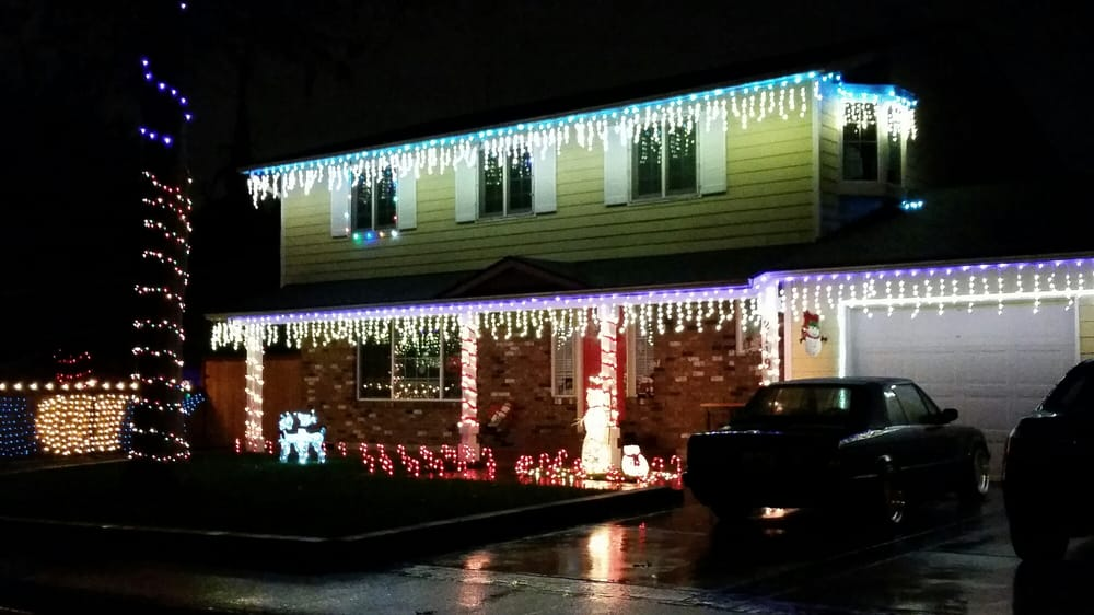 Fir Grove Neighborhood Lights with Volunteers of America: 21S T Ave Se And 104th St SE, Everett, WA