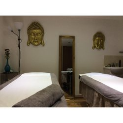 ruan thai massage and spa eskort girls
