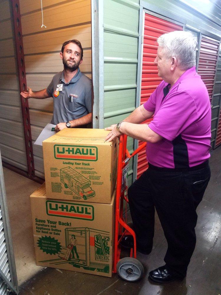 U-Haul Moving & Storage at Harry Hines Blvd