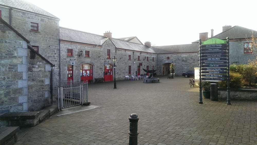 Market Yard Centre