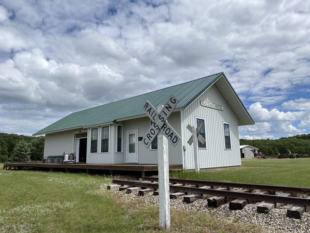 Pioneer Heritage Center: 13571 Highway 5, Cavalier, ND