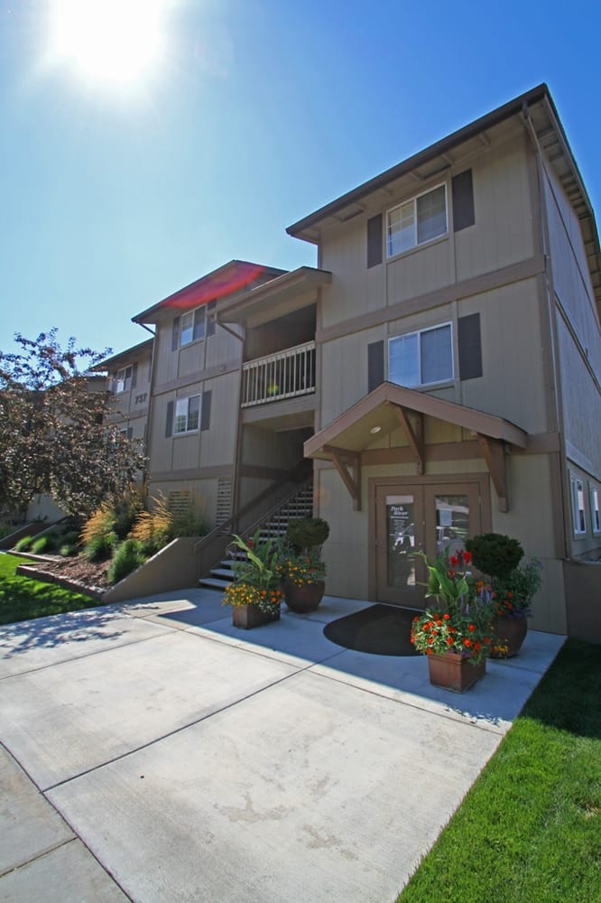 Park River Apartments: 737 N Stilson Rd, Boise, ID