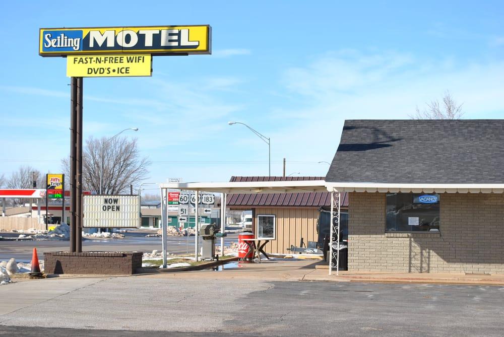 Seiling Motel: 302 S Main, Seiling, OK