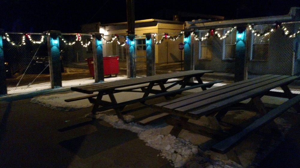 Hideaway Beer Garden and Pub: 113 1/2 N Court St, Fairfield, IA