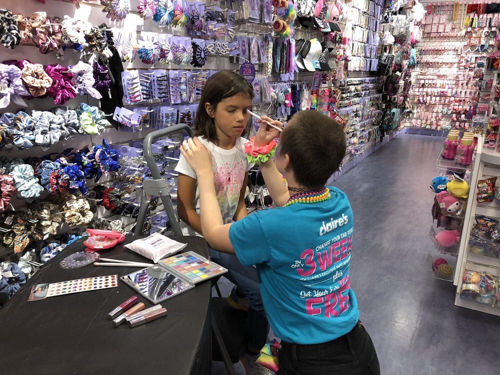 Claire's: 1211 Newpark Mall, Newark, CA