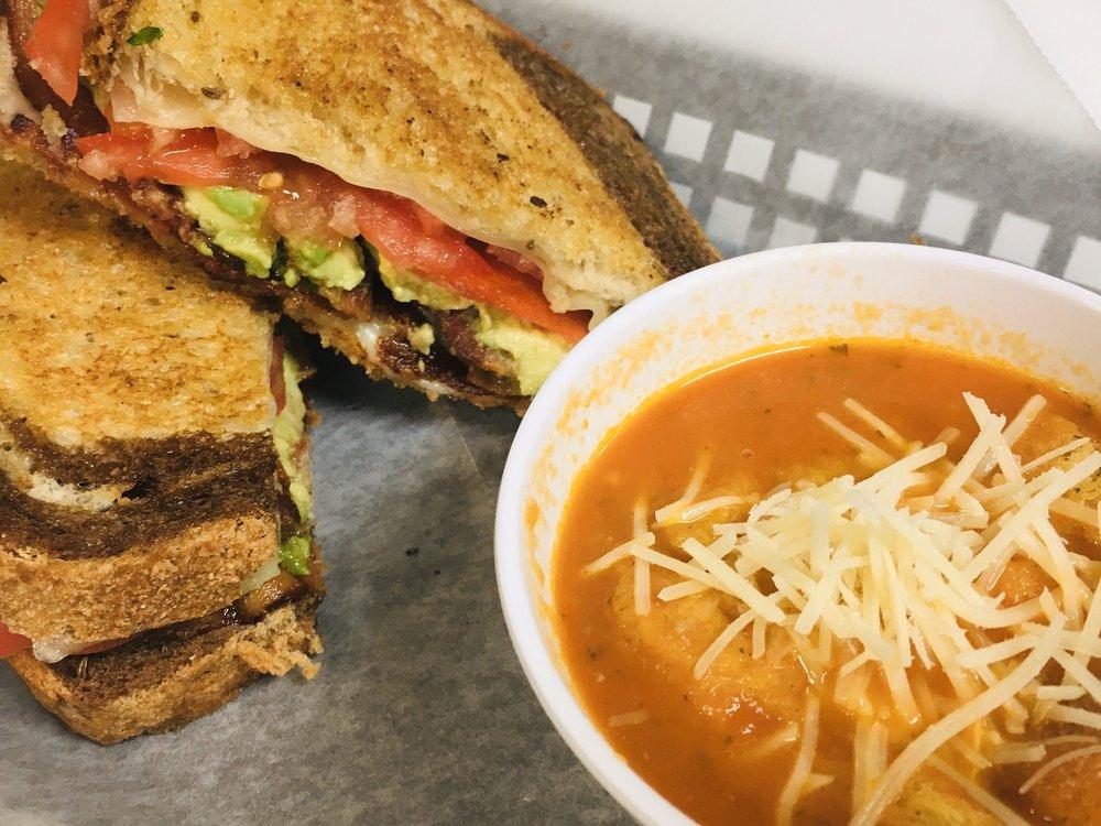 Sandwich Shack and Grill: 482 US Hwy 1, Sebastian, FL