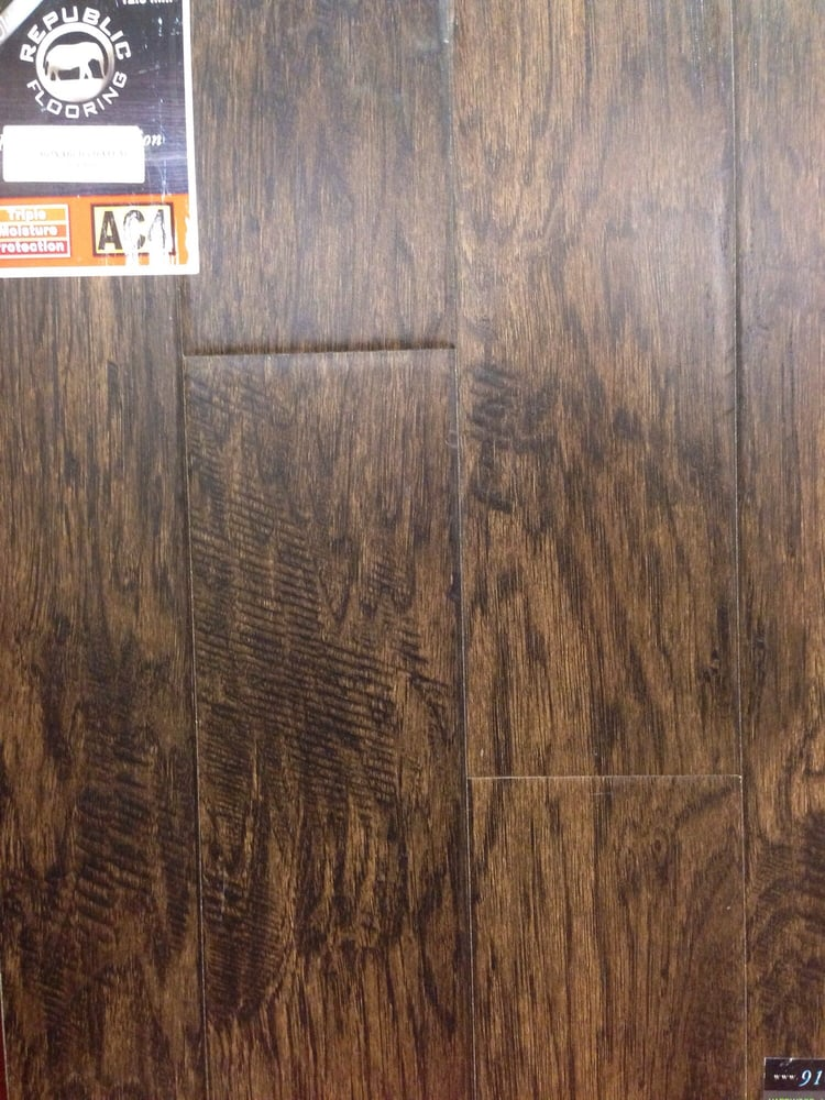 Republic Flooring Apex Laminate Monarch Chateau Revmc850 Laminate Yelp
