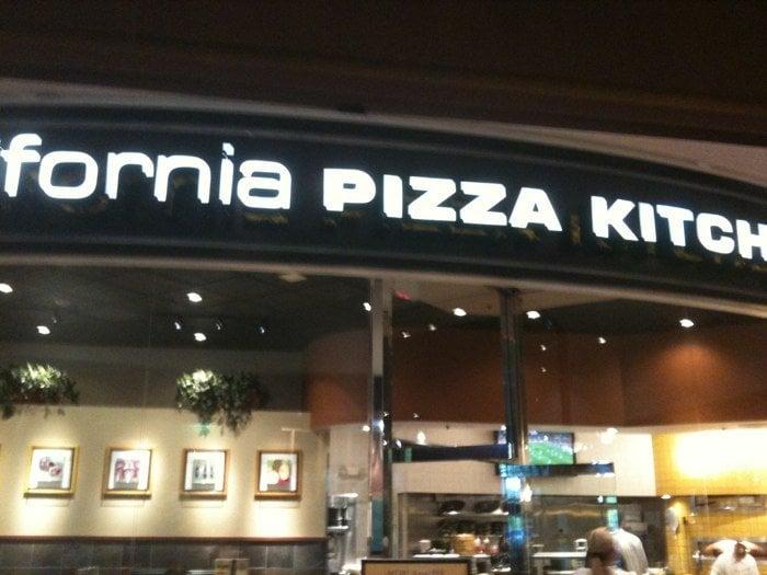 California Pizza Kitchen 66 Photos 43 Reviews Pizza 1493 St Louis Galleria Richmond