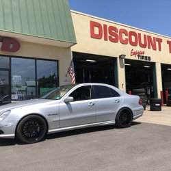 Discount Tire Oil Change >> Oil Change Stations In Bloomfield Yelp