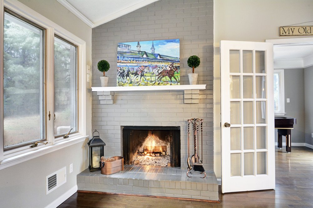 Kentucky Select Properties: 2000 Warrington Way, Louisville, KY