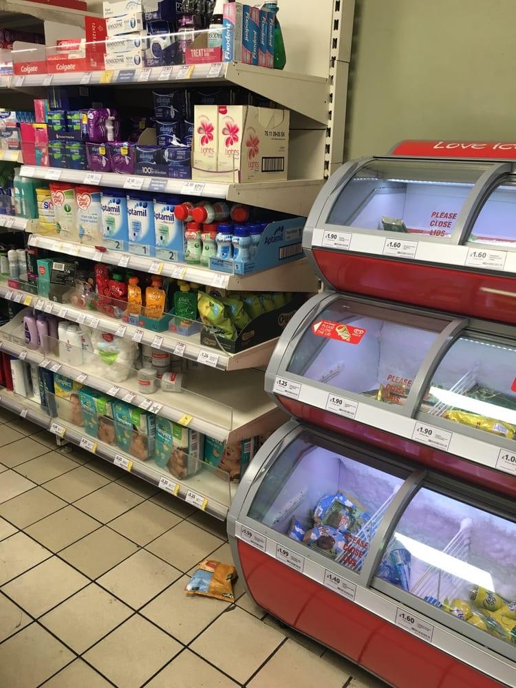 tesco express 11 beitr ge supermarkt lebensmittel 40 bernard street bloomsbury london. Black Bedroom Furniture Sets. Home Design Ideas