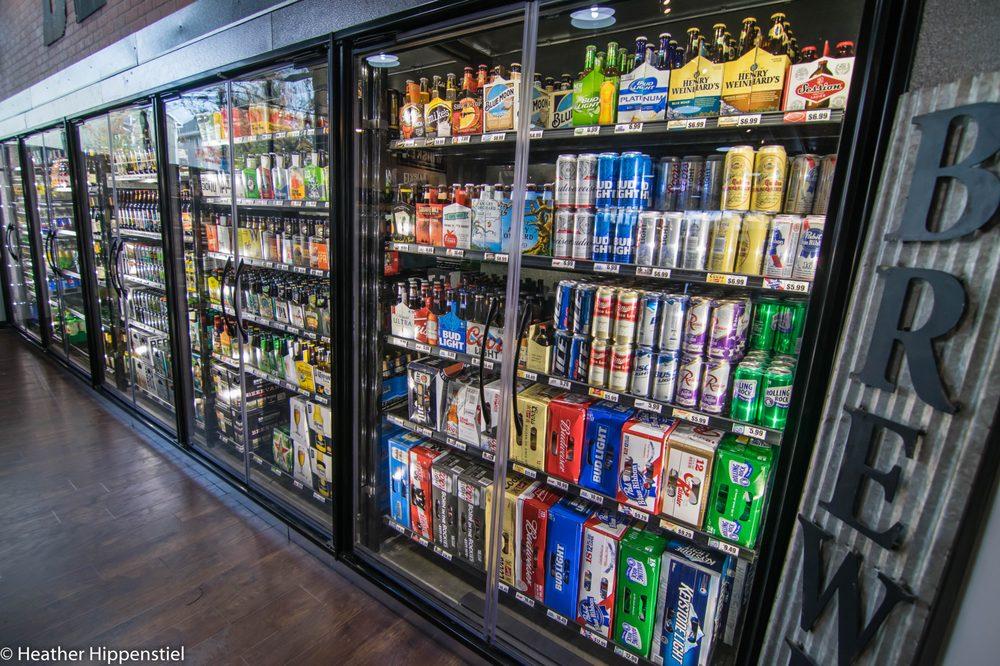 Baseline Liquor: 7502 NE Shaleen St, Hillsboro, OR