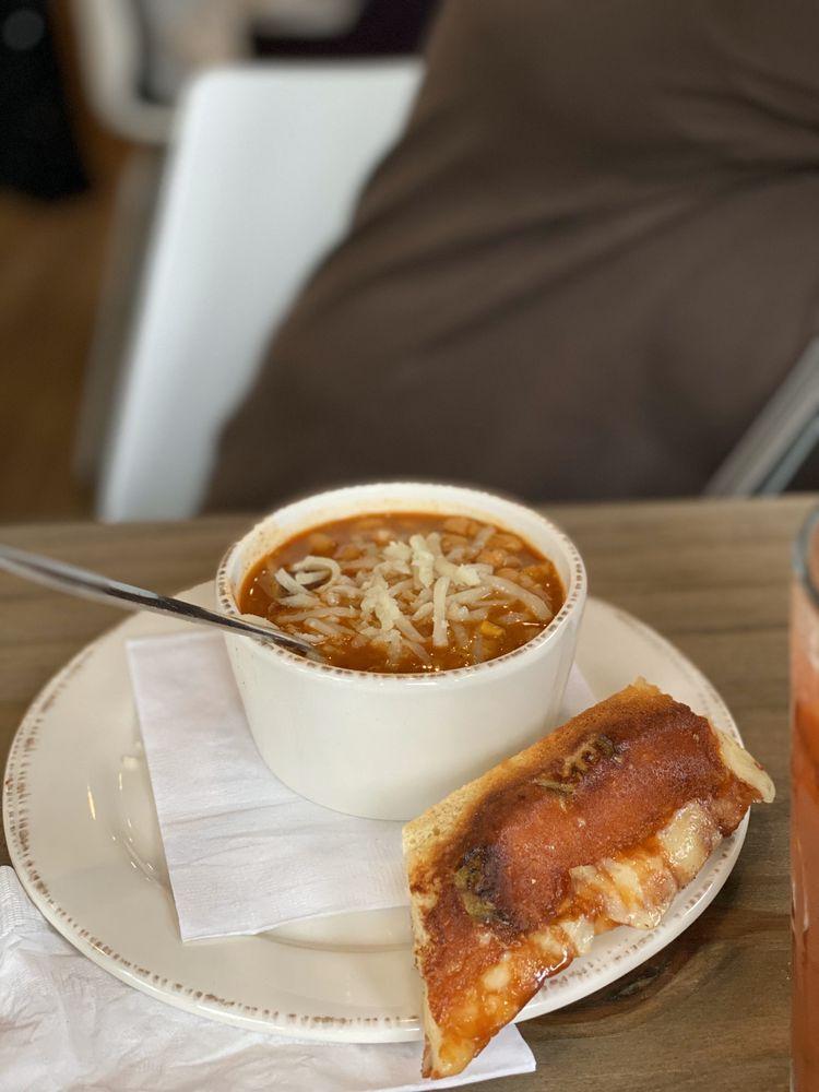 Highland Bakery & Kitchen: 238 City Cir, Peachtree City, GA