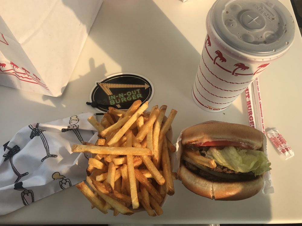 In-N-Out Burger: 2616 Braodway St, Eureka, CA