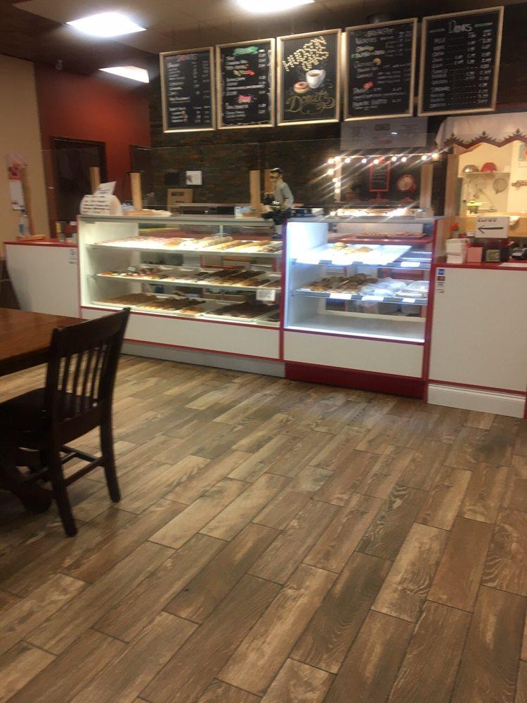 Hudson Oaks Donut: 3290 Fort Worth Hwy, Hudson Oaks, TX