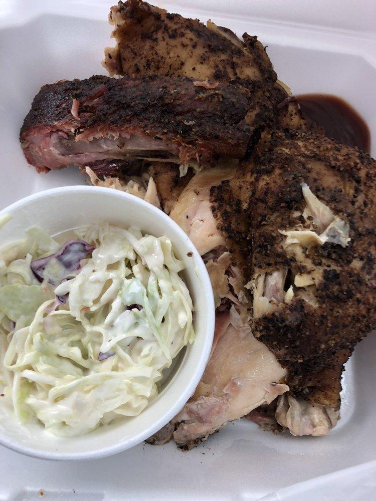 Pit Stop Smokehouse: 215 W Tyler Ave, Harlingen, TX
