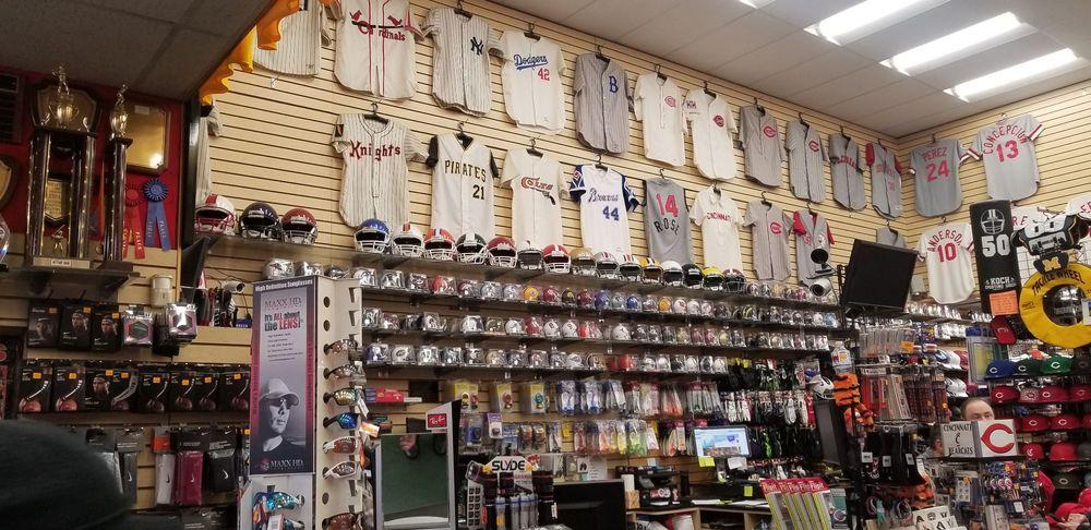 Koch Sporting Goods: 131 W 4th St, Cincinnati, OH
