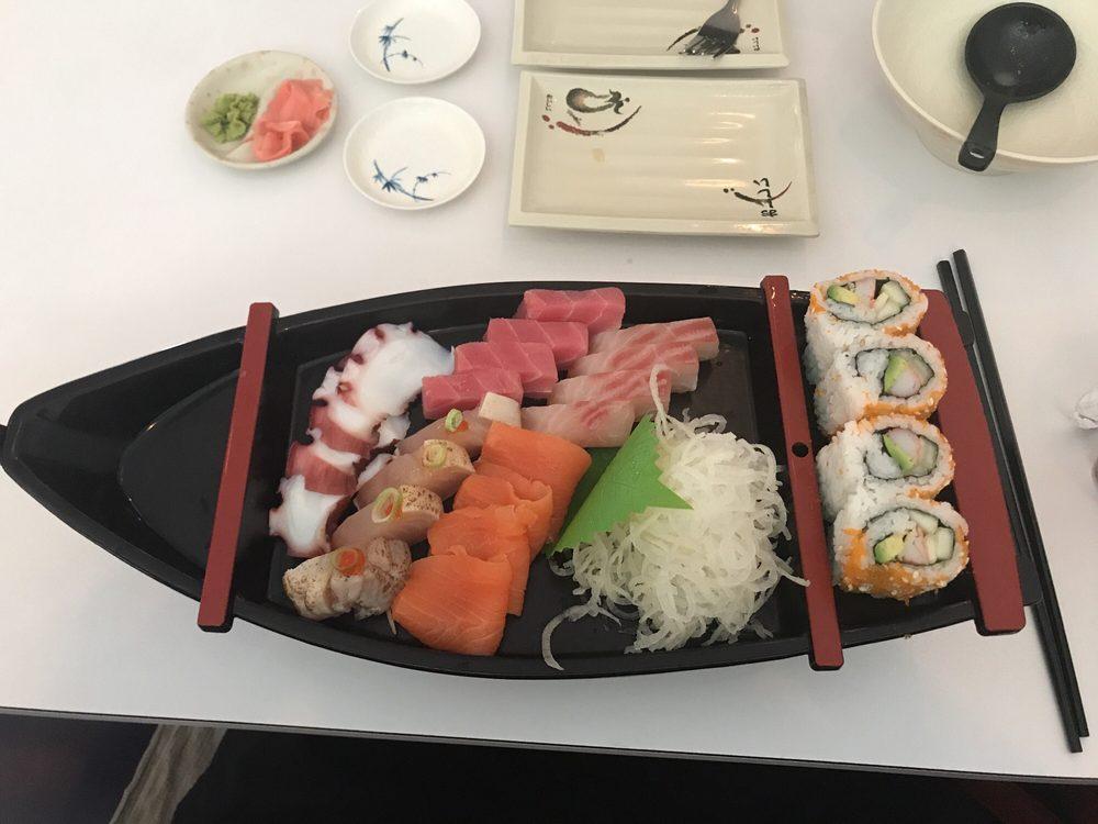 Food from Kohana Sushi & Ramen