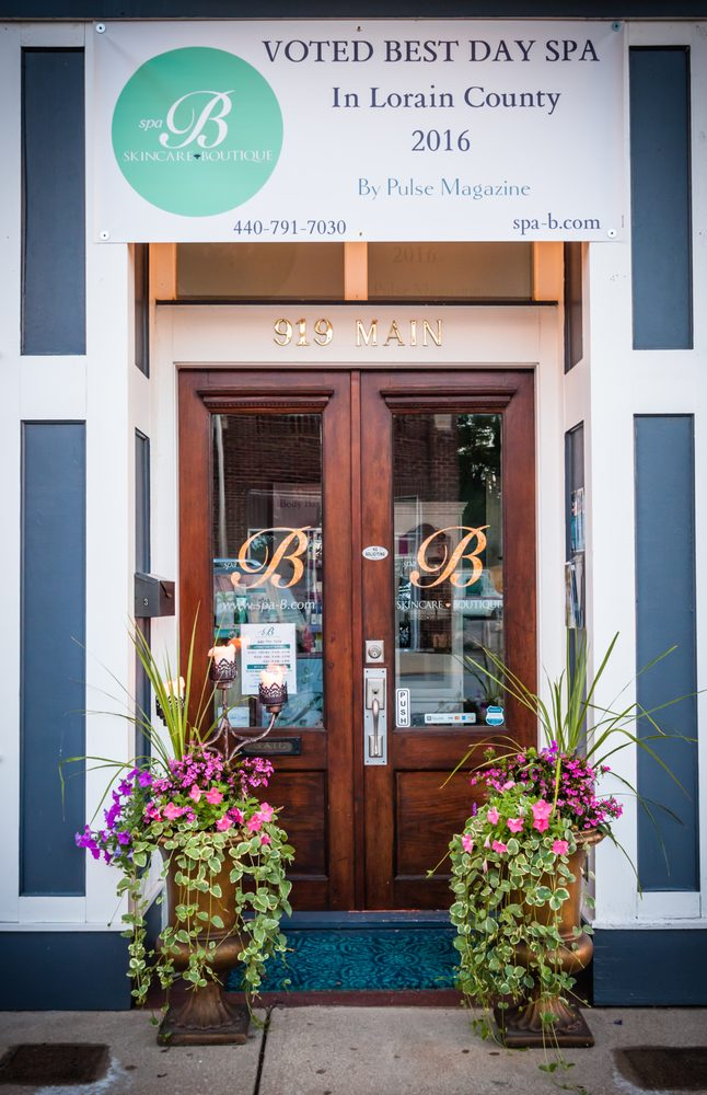 Spa B Skincare Boutique: 919 Main St, Grafton, OH