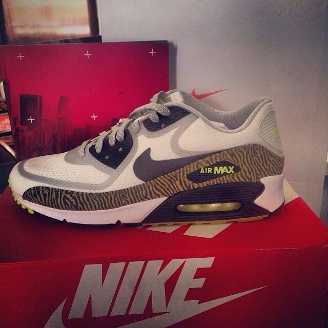 Nike Sport Wear Galerías  Av.Rafael Sanzio 150 867469c0299