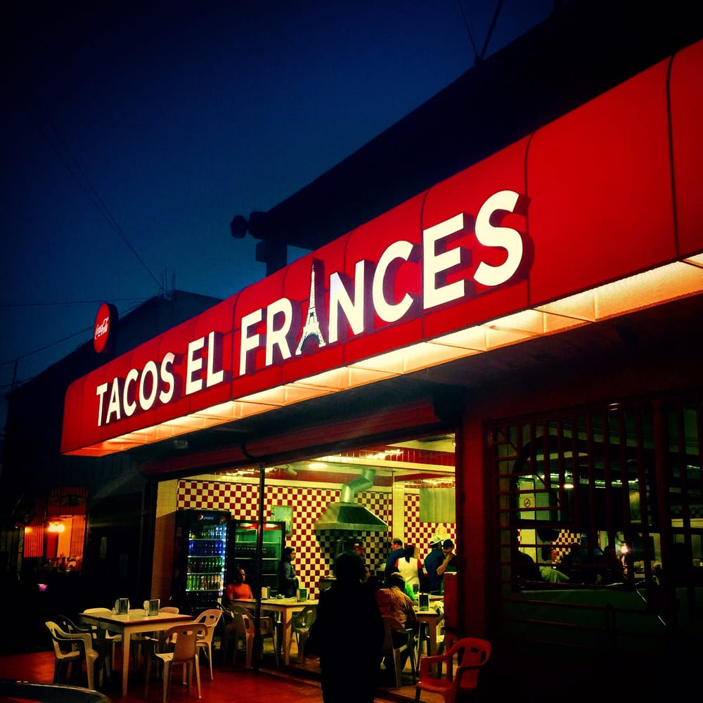 Foto de Tacos El Francés - Tijuana, Baja California, México. Haven't had tacos till you've had em here...