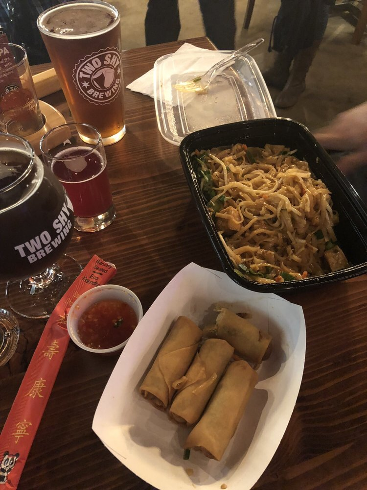 Two Shy Brewing: 1308 NW Park St, Roseburg, OR