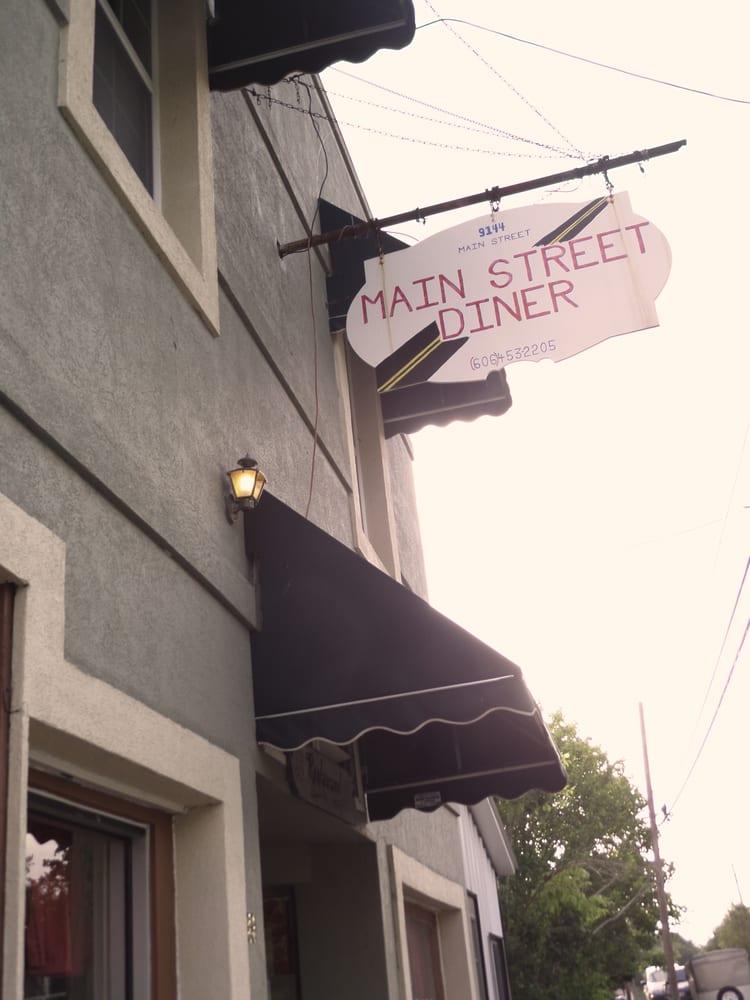 Main Street Diner: 1149 Main St, Livingston, KY