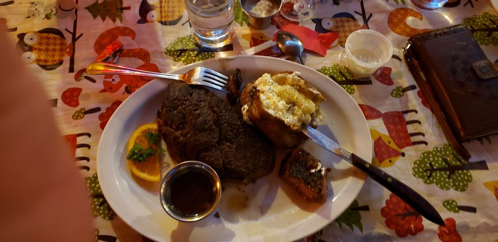 Haines Steak House: 910 Front St, Haines, OR