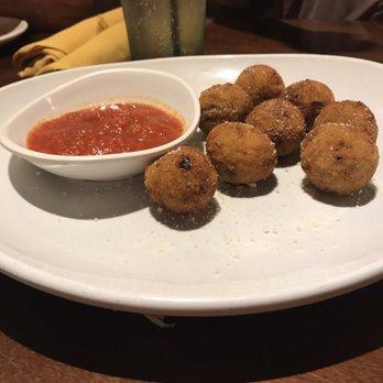 Olive garden italian restaurant 68 photos 141 reviews italian 2501 w happy valley rd for Olive garden locations phoenix