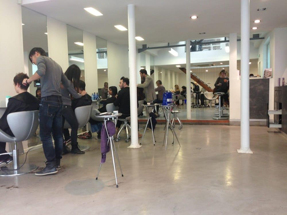 Salon y coiffeurs salons de coiffure 237 boulevard for Salon de coiffure vincennes