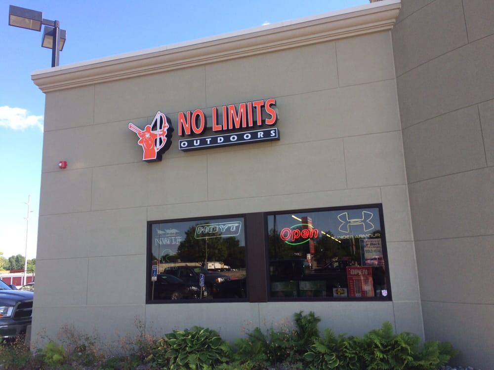 No Limits Outdoors: 212 11th St Sw Plz, Spencer, IA