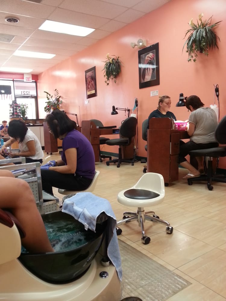 The Lovely Nails: 1221 S Missouri Ave, Clearwater, FL